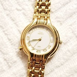 Vintage Timex Indiglo White Dial Watch Gold Tone